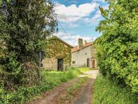 French property for sale in CHAMPAGNE MOUTON, Charente - €31,000 - photo 10