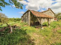 French property for sale in CHAMPAGNE MOUTON, Charente - €56,000 - photo 4