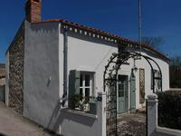 French property for sale in ST VARENT, Deux Sevres - €69,500 - photo 1