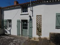 French property for sale in ST VARENT, Deux Sevres - €67,100 - photo 10