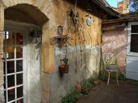 Magnifique maison de village de deux trois chambres avec jardin. Beaucoup de charme. Proche des commodités.