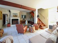 French property for sale in MONS, Charente Maritime - €445,200 - photo 6