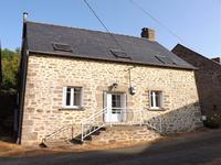 French property for sale in HAMBERS, Mayenne - €146,060 - photo 2