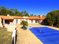 French property for sale in TOURTOUR, Var - €400,000 - photo 1