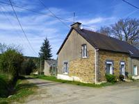 French property for sale in TREAL, Morbihan - €77,000 - photo 1
