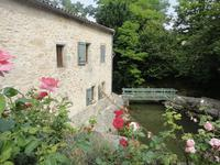 French property for sale in ST EMILION, Gironde - €670,950 - photo 2