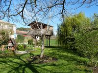 French property for sale in STE FOY LA GRANDE, Gironde - €249,845 - photo 2