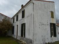 Maison à vendre à MORNAC SUR SEUDRE en Charente Maritime - photo 1