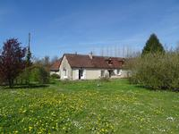 French property for sale in MONTGAUDRY, Orne - €199,500 - photo 2