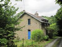 Maison à vendre à PLOUNEVEZ MOEDEC en Cotes d Armor - photo 3