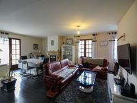 Maison à vendre à ARCHIAC en Charente Maritime - photo 1