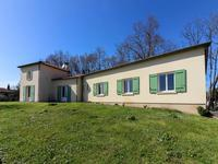 French property for sale in JONZAC, Charente Maritime - €304,950 - photo 10