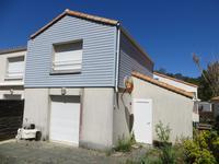 """Maison de vacances """"sans souci"""", 2 chambres, dans un hameau à 1200m de la plage, 4kms de Longeville sur mer et 30kms de La Roche sur Yon."""