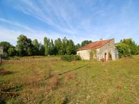 French property for sale in CHIVES, Charente Maritime - €46,000 - photo 7