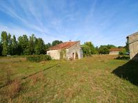 French property for sale in CHIVES, Charente Maritime - €46,000 - photo 2