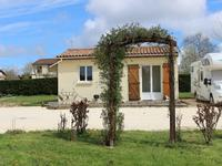 French property for sale in POUILLAC, Charente Maritime - €214,000 - photo 8