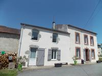 French property for sale in LA CROIX SUR GARTEMPE, Haute Vienne - €199,800 - photo 1
