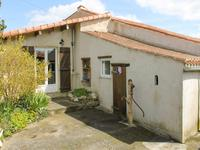 French property for sale in ST MAURICE DES NOUES, Vendee - €141,700 - photo 10