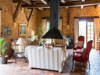 Maison à vendre à  en Dordogne - photo 2