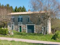 houses and homes for sale inCHAMPS ROMAINDordogne Aquitaine