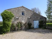 French property for sale in ST THOMAS DE CONAC, Charente Maritime - €350,000 - photo 2