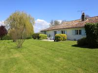 French property for sale in ST THOMAS DE CONAC, Charente Maritime - €350,000 - photo 3