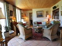 French property for sale in ST THOMAS DE CONAC, Charente Maritime - €350,000 - photo 5