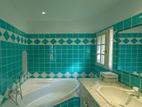French property for sale in ROQUEBRUNE SUR ARGENS, Var - €695,000 - photo 8