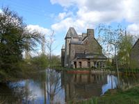French property for sale in LE HOMMET D ARTHENAY,  - €759,990 - photo 3