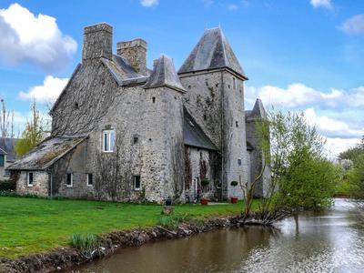 chateauin Le Hommet-d Arthenay