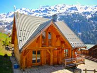 Chalet à vendre à VAUJANY en Isere - photo 0