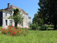 French property for sale in BOURG, Gironde - €483,000 - photo 3