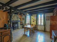French property for sale in COUX, Charente Maritime - €183,600 - photo 5