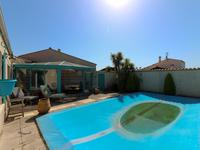 French property for sale in LA BREE LES BAINS, Charente Maritime - €530,000 - photo 10