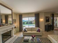 French property for sale in BAGNOLS EN FORET, Var - €750,000 - photo 6