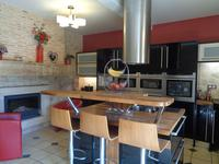 French property for sale in SAUVETERRE DE GUYENNE, Gironde - €858,600 - photo 5