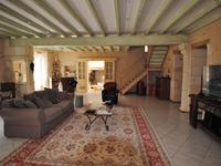 French property for sale in RAUZAN, Gironde - €742,000 - photo 7