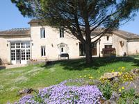 French property, houses and homes for sale in RAUZAN Gironde Aquitaine