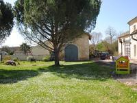 French property for sale in RAUZAN, Gironde - €742,000 - photo 3