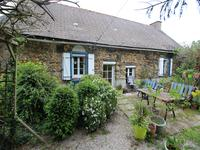 French property, houses and homes for sale inSENONNESMayenne Pays_de_la_Loire
