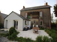 French property for sale in ST MICHEL ET CHANVEAUX, Maine et Loire - €152,600 - photo 2