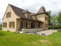 French property for sale in MONTPON MENESTEROL, Dordogne - €254,660 - photo 2