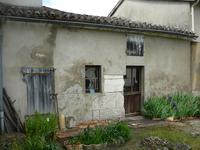 French property for sale in RUELLE SUR TOUVRE, Charente - €43,000 - photo 6