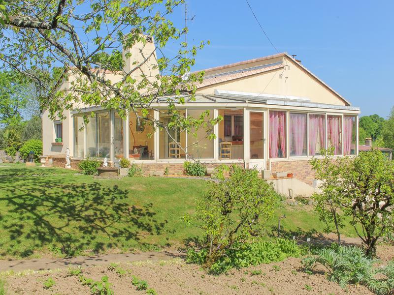 Maison à vendre à LA CHAPELLE THIREUIL(79160) - Deux Sevres