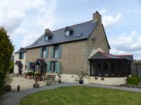 French property for sale in MENEAC, Morbihan - €178,200 - photo 2