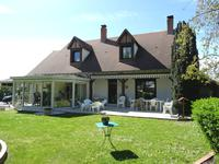 French property, houses and homes for sale inGENOUILLYCher Centre
