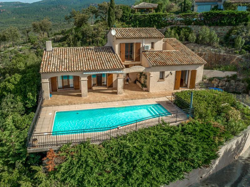 Maison à vendre à ROQUEBRUNE SUR ARGENS(83520) - Var