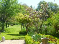 French property for sale in BOURG, Gironde - €296,800 - photo 4