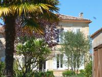 French property for sale in BOURG, Gironde - €296,800 - photo 10