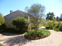 French property for sale in BOURG, Gironde - €318,000 - photo 10